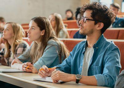 Öğrencilerin ya da gençlerin ev dışındaki hayatları gözlenir. Arkadaş çevreleri, bulundukları ortamlar ve irtibatta olduğu insanlarla ilişkileri incelenir ...
